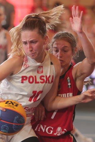 7 Jennifer Crowder (GER) - 10 Magdalena Maria Parysek-bochniak (POL)