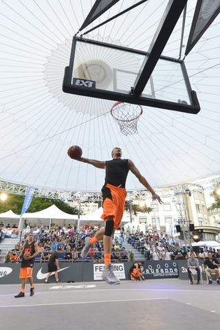 Dunk contest qualifier 2013 FIBA 3x3 World Tour Masters in Lausanne